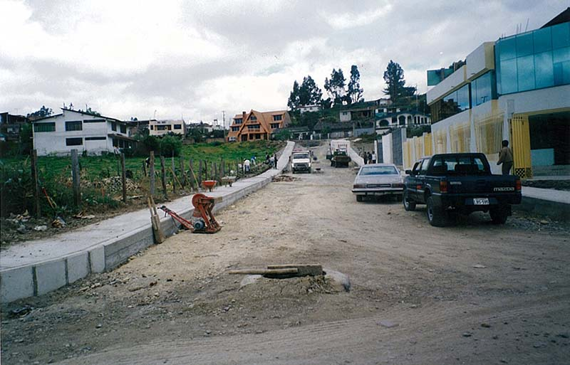 Road and Sewage Reconstruction in Loja, Ecuador