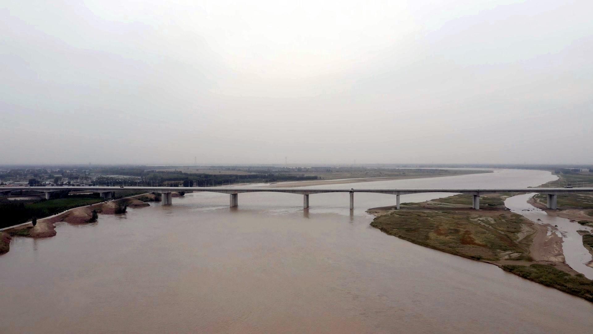 Guandu Yellow River Bridge of Rerouted G107
