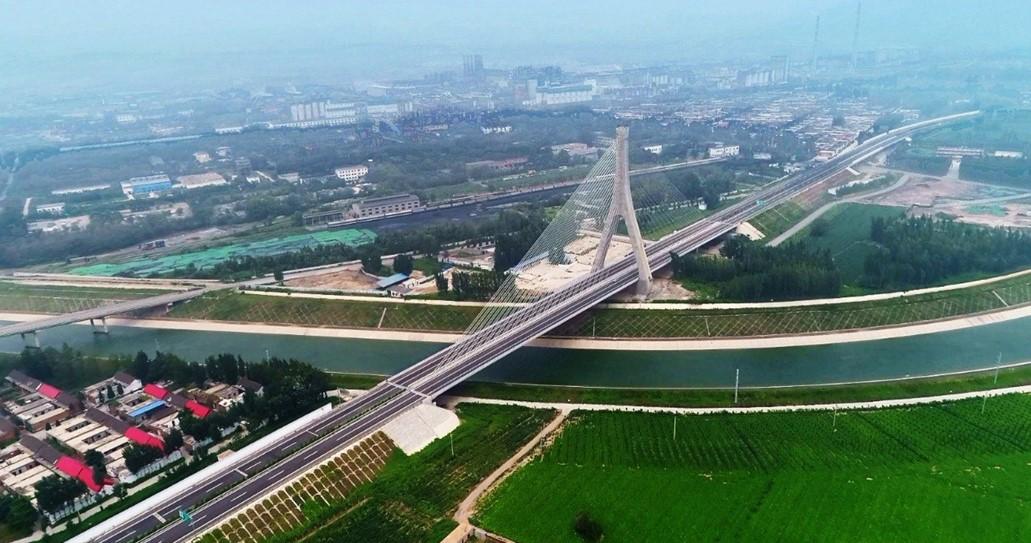 South to North Water Diversion Bridge on Wuzhi-Yuntaishan Expressway