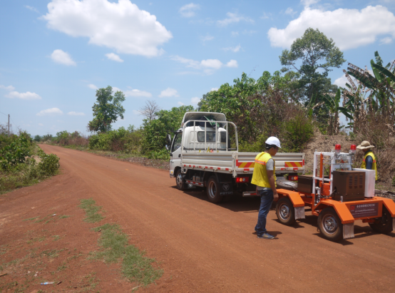 Reconstruction of Roads No.95 and 62.3 in the Kingdom of Cambodia (April 2017)